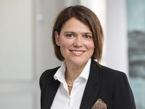Dr. Elisabeth Leonhard